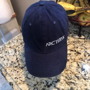 Arc'teryx hat